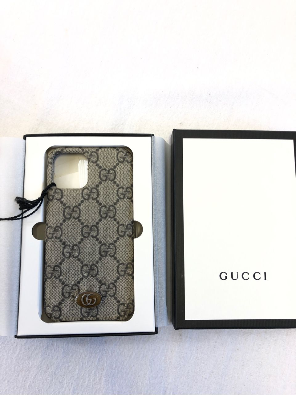 Gucci Ophidia GG iPhone 11 Pro case beige/ebony GG Supreme Style # 623093 K5I0S 9742