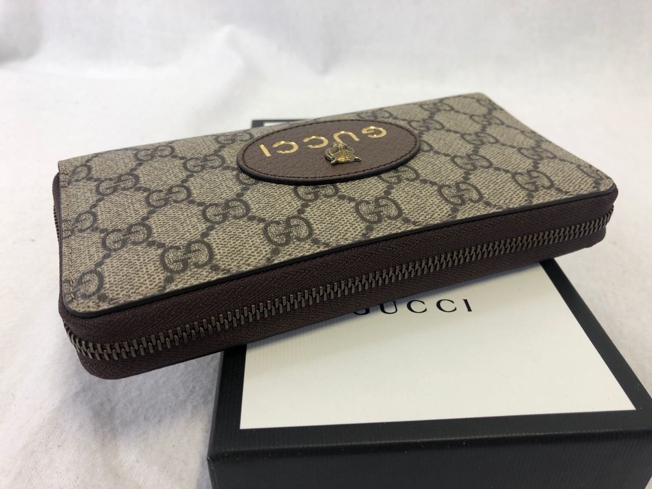 Gucci Neo Vintage GG Supreme zip around wallet GG Supreme Style # 473953 K9GOT 8861