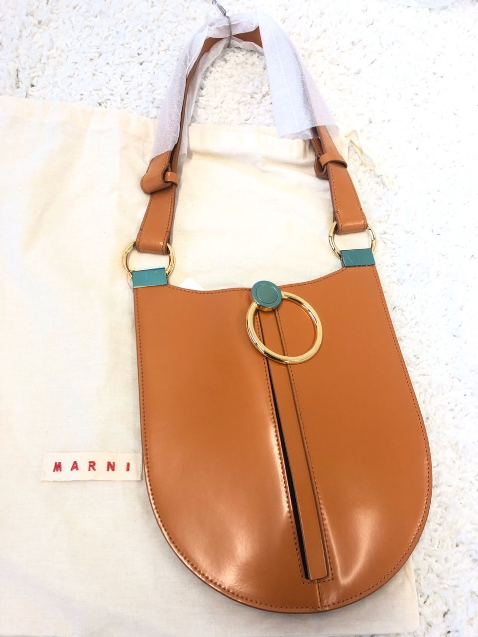 Marni Earring leather shoulder bag P00422561
