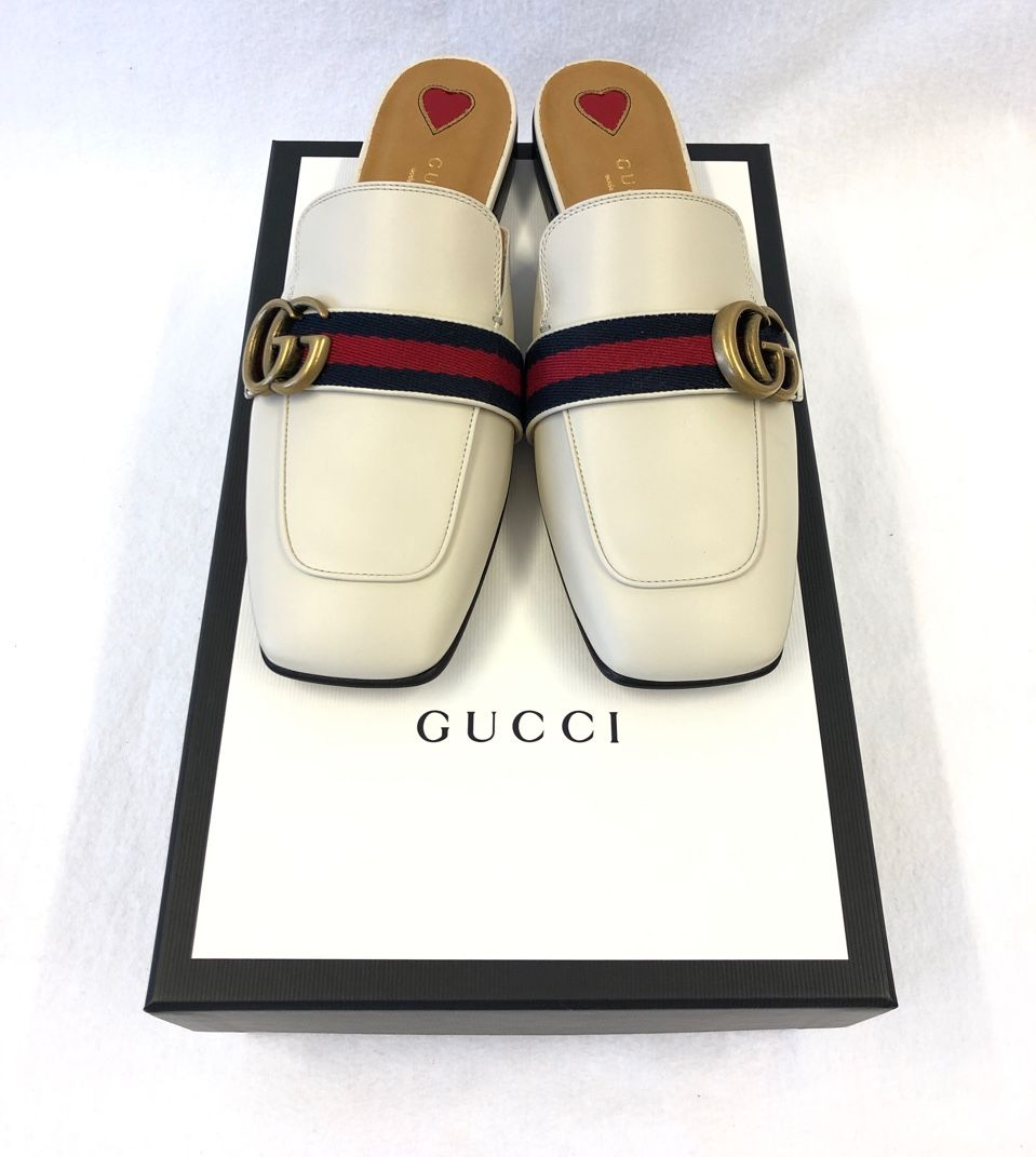Gucci Leather slipper white leather Style # 423694 DKHC0 9061