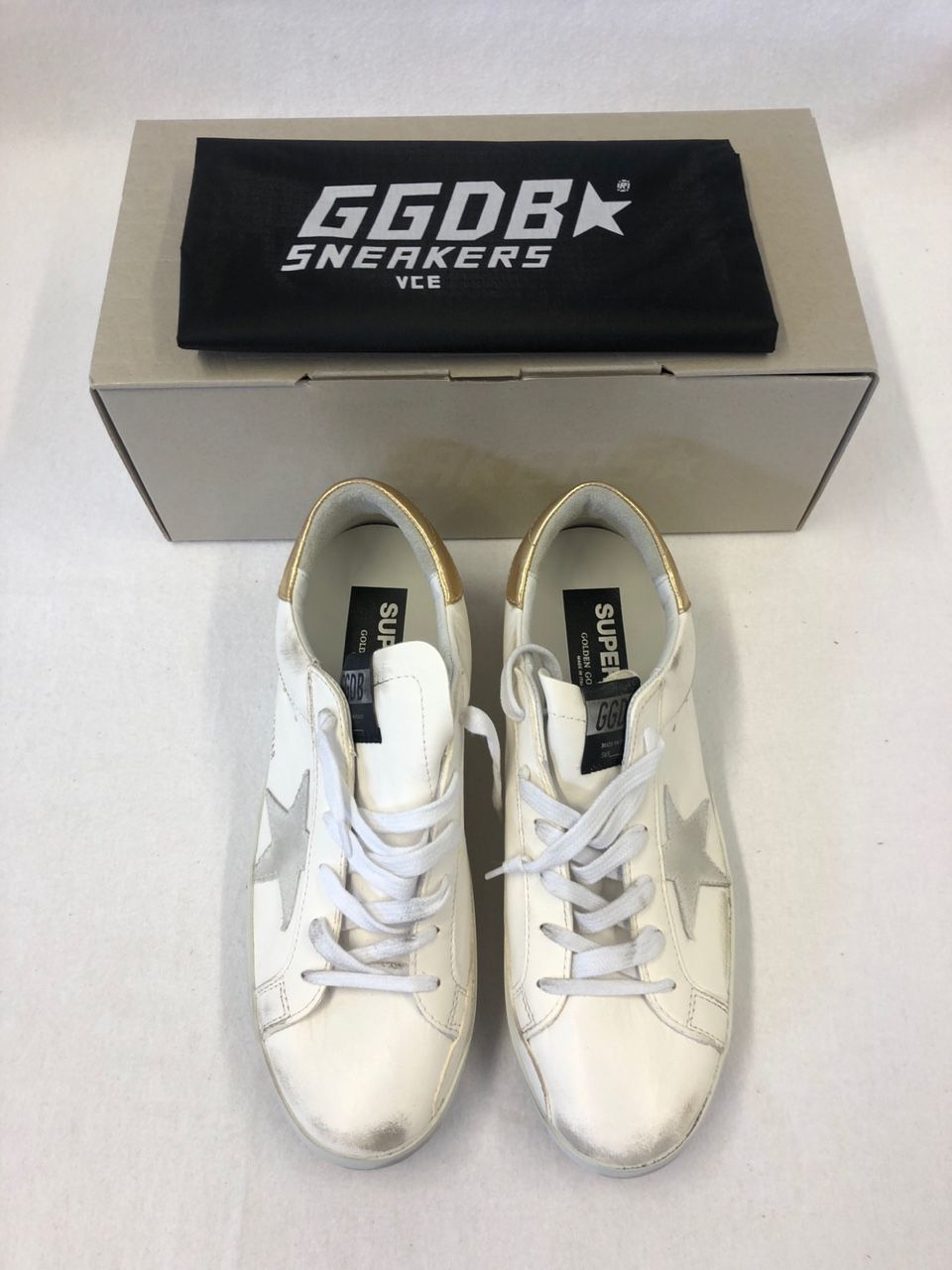 Golden Goose Superstar leather sneakers P00434034
