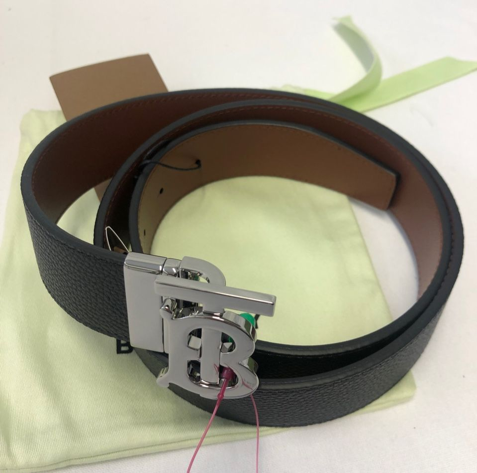 Burberry Logo leather belt P00480944